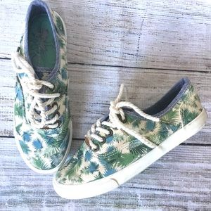 Palm Tree Sneakers Dream Catcher by Margaritaville